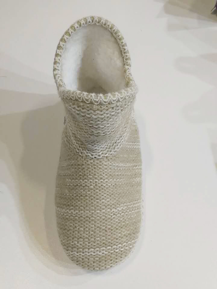A050 Craft slippers